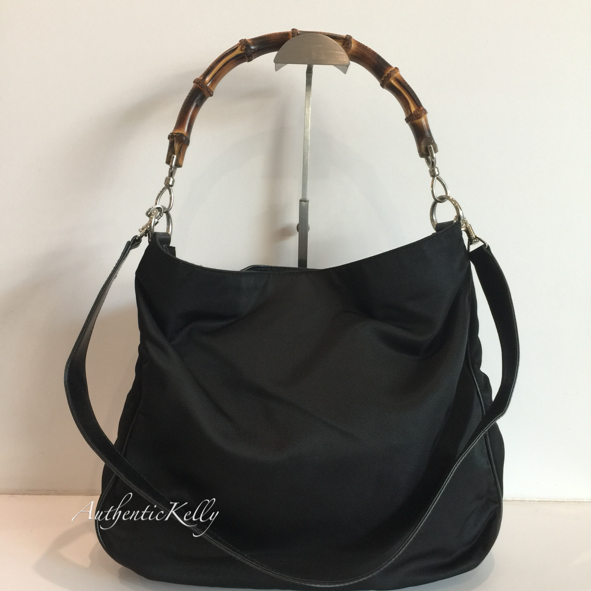 7626526bfc8b GUCCI Bamboo Canvas Leather Bag Black GM – AuthenticKelly